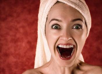 Популярная студия отбеливания зубов в центре готода