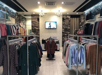 Прибыльный магазин женской одежды в крупном ТЦ