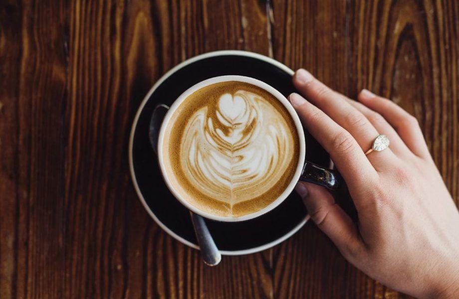 Кофейня в центре города/база клиентов