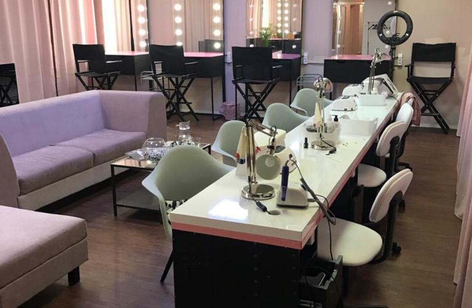 Салон красоты от известной франшизы в центре города