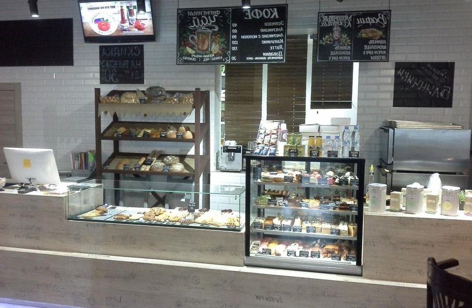 Кофейня - пекарня в густонаселенном районе