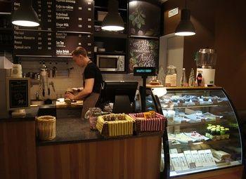 Кофе и вафли в отличном месте в центре города