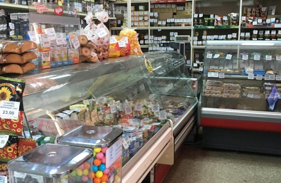 Продуктовый магазин с отдельным входом