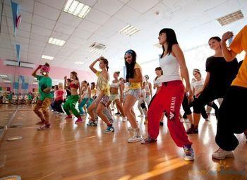 Школа танцев и фитнеса с клиентской базой.