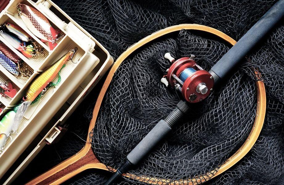 Магазин товаров для рыбалки и туризма