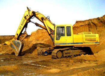 Песчаный карьер с геологической разведкой