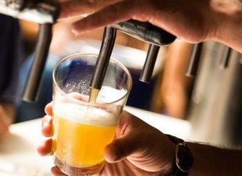 Раскрученный бар с стабильной прибылью в Приморском районе