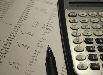 Бухгалтерская фирма с договорами