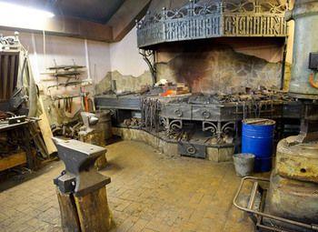 Кузнечная мастерская в Красном селе