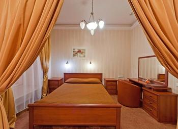 Отель в центре города 3*