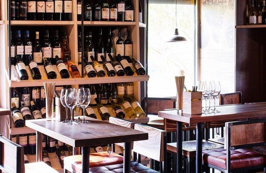 Винный бар в современном стиле