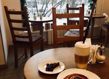 Кофейня с дизайнерским ремонтом в центре