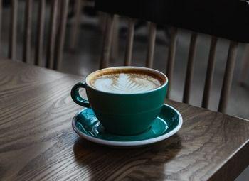 Кофейня-кондитерская в модном арт-пространстве