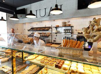 Пекарня на 1-ой линии в центре города на главной улице