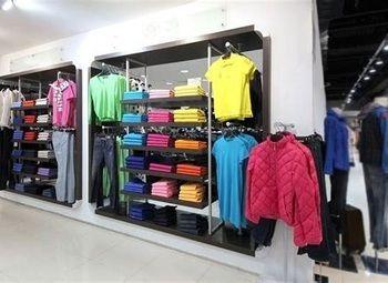 Магазин одежды на Московской