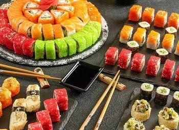 Магазин суши в проходном месте