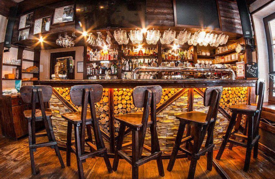 Уютный бар в центре столицы
