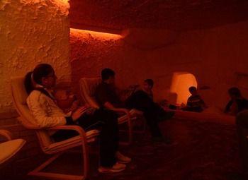 Соляная пещера в густонаселенном районе