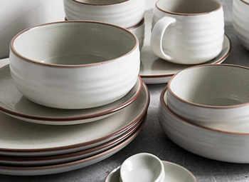 Производственная площадка керамической посуды по цене активов