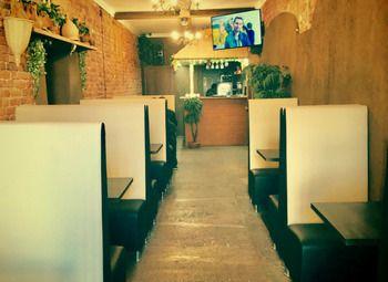 Кафе-пекарня у набережной