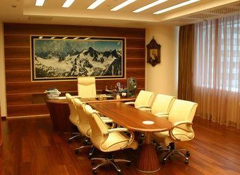 Компания по продаже и установке натяжных потолков