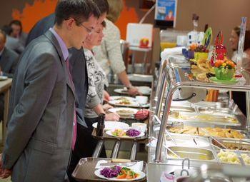 Помещение общественного питания на 80 м²