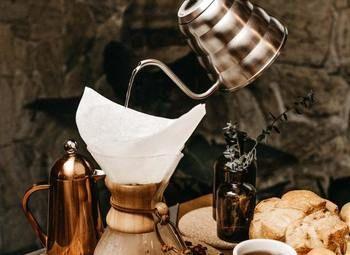 Кофейня формата кофе с собой в центре города