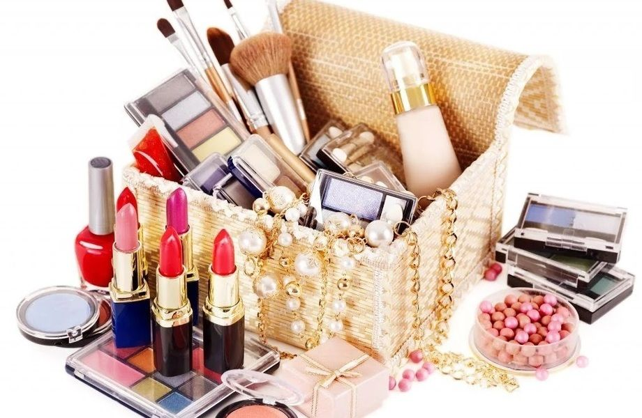 Оптово-розничный бизнес по торговле косметикой