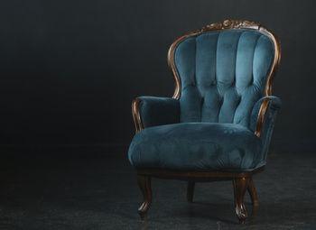 Профессиональная перетяжка мебели