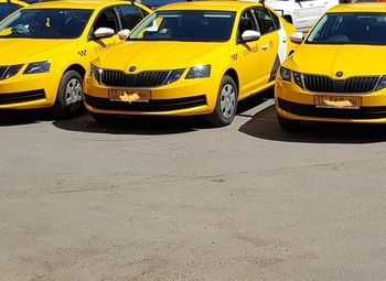 Автопарк для оказания услуг такси.