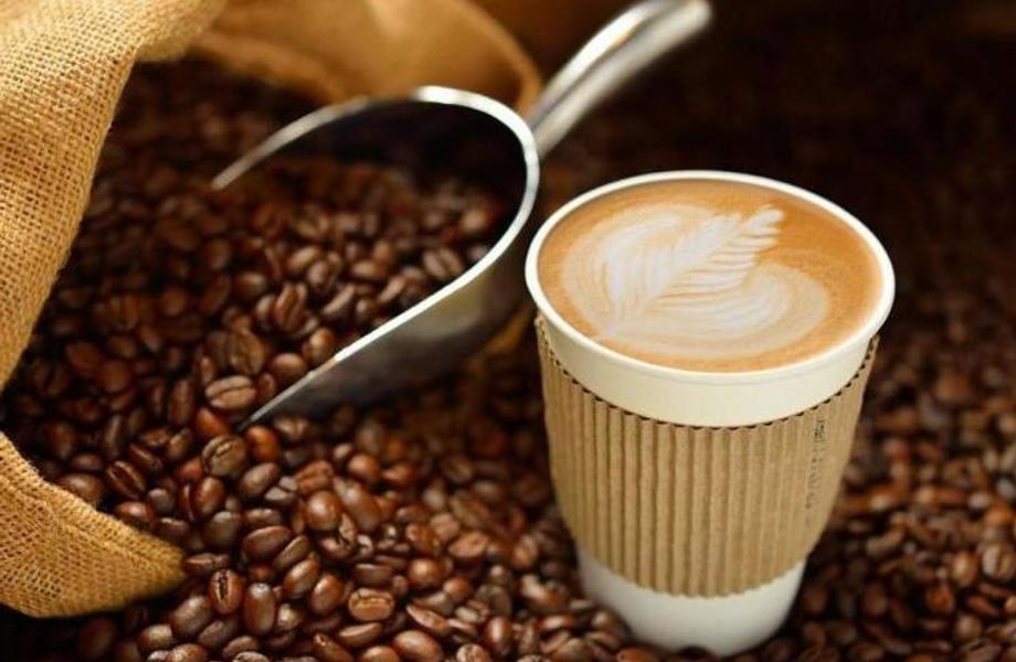 Кофе с собой на проходимом проспекте