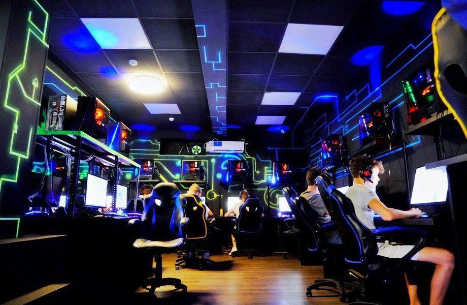 Купить компьютерный клуб в москве пати клуб в москве
