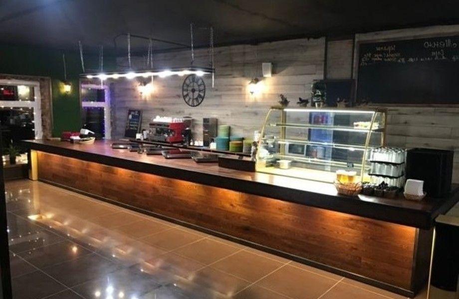 Кафе в бизнес-центре в центре с доходом 270 000
