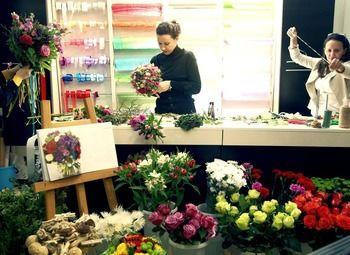 Магазин Цветов с большим товарным  остатком