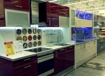 2 - розничных магазина кухонь с подтвержденной прибылью