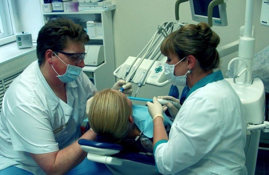 Стоматология/2000 постоянных клиентов