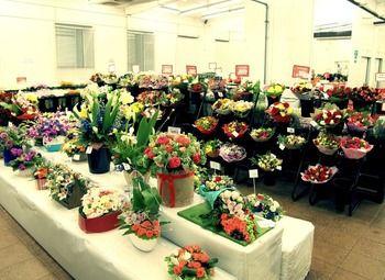 Магазин цветов и подарков c низкой арендой (9 лет)