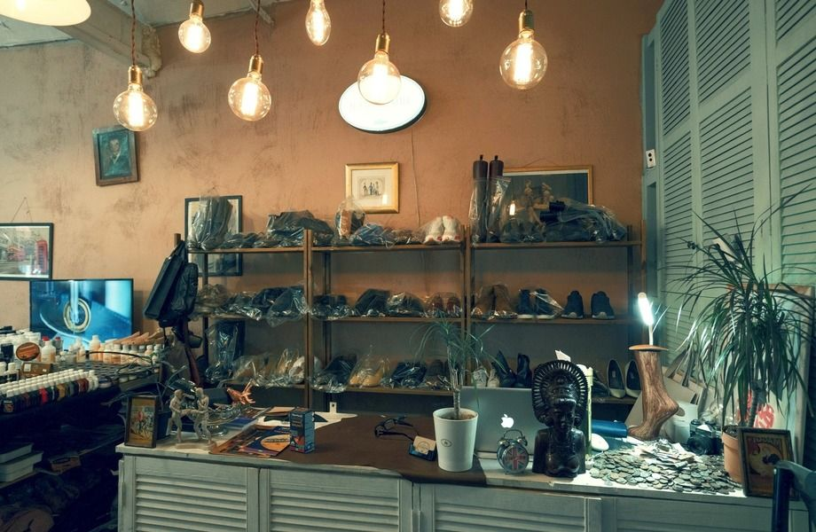 Мастерская по ремонту обуви и изготовлению ключей с отличной локацией