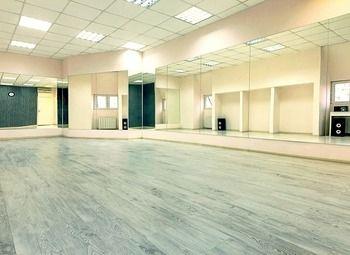 Сеть танцевальных студий/доход - 2.500.000