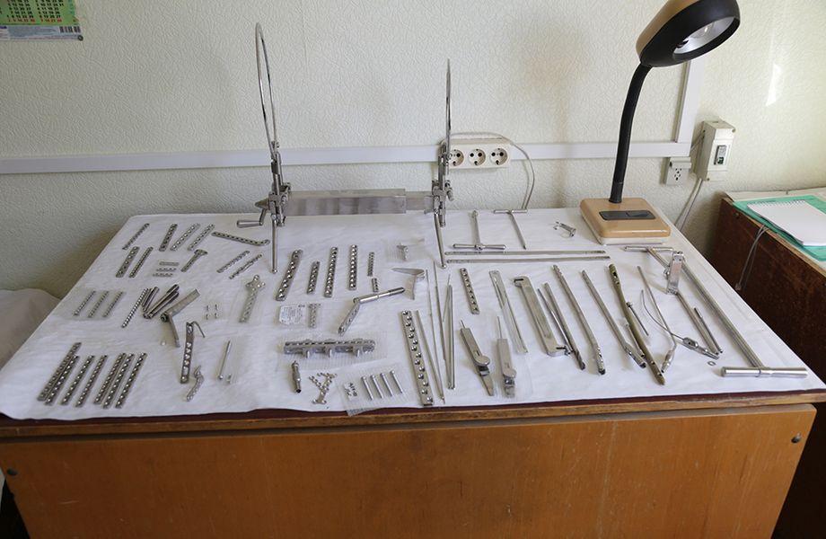 Крупное производство протезов и мед инструментов
