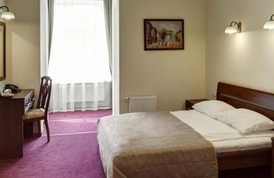 Помещение в собственность с мини отелем на 11 номеров