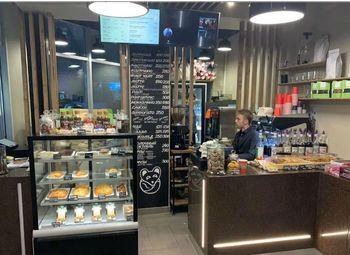 Кофейня на Ленинградском вокзале, прибыль 200 т.р.