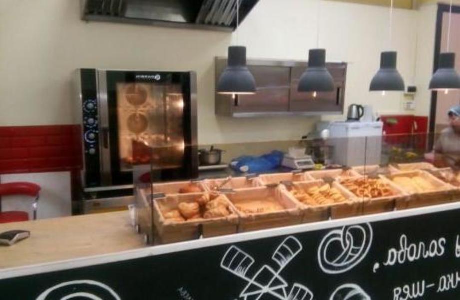 Пекарня + кофейня рядом с метро