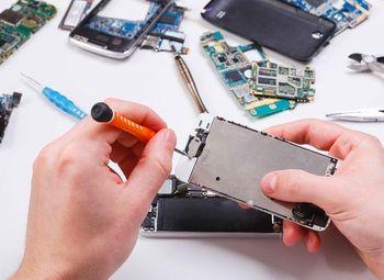 Сервис по ремонту телефонов на Севере города