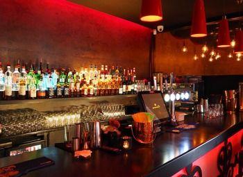 Готовый бар в отличной локации