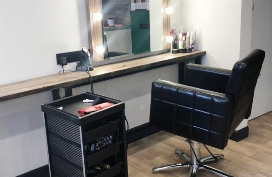 Салон красоты на Бабушкина с отличным ремонтом
