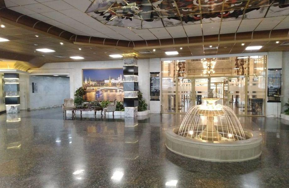Сувенирный магазин в крупном отеле без конкурентов