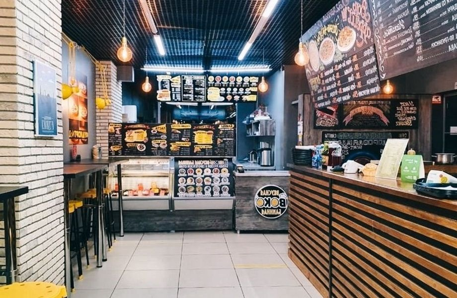 Ресторан европейской кухни на Фудкорте в оживленном районе с доставкой