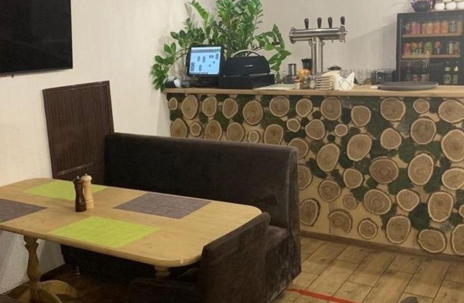 Кафе с низкой арендой, единственная точка общепита в ТЦ