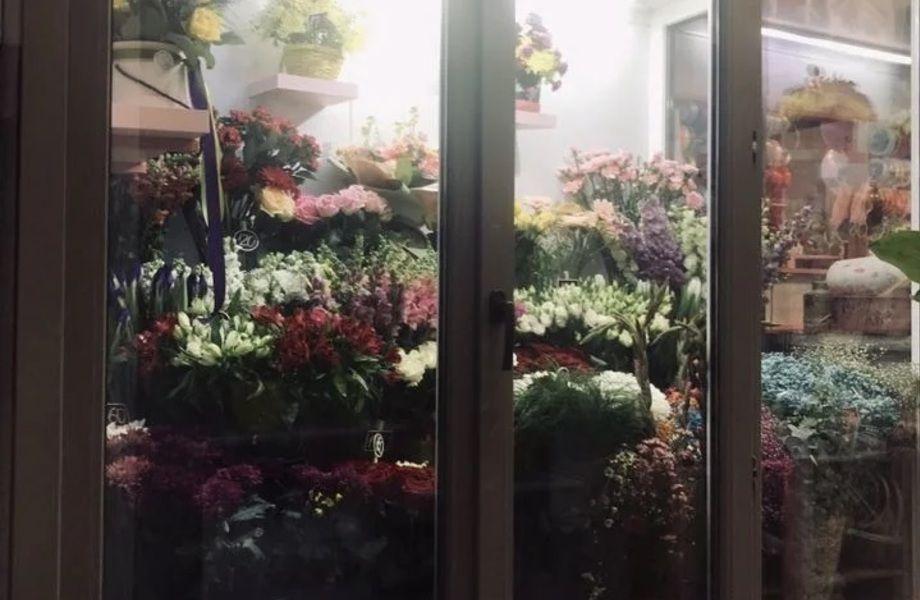 Готовый бизнес. Цветочный салон с доп. доходом